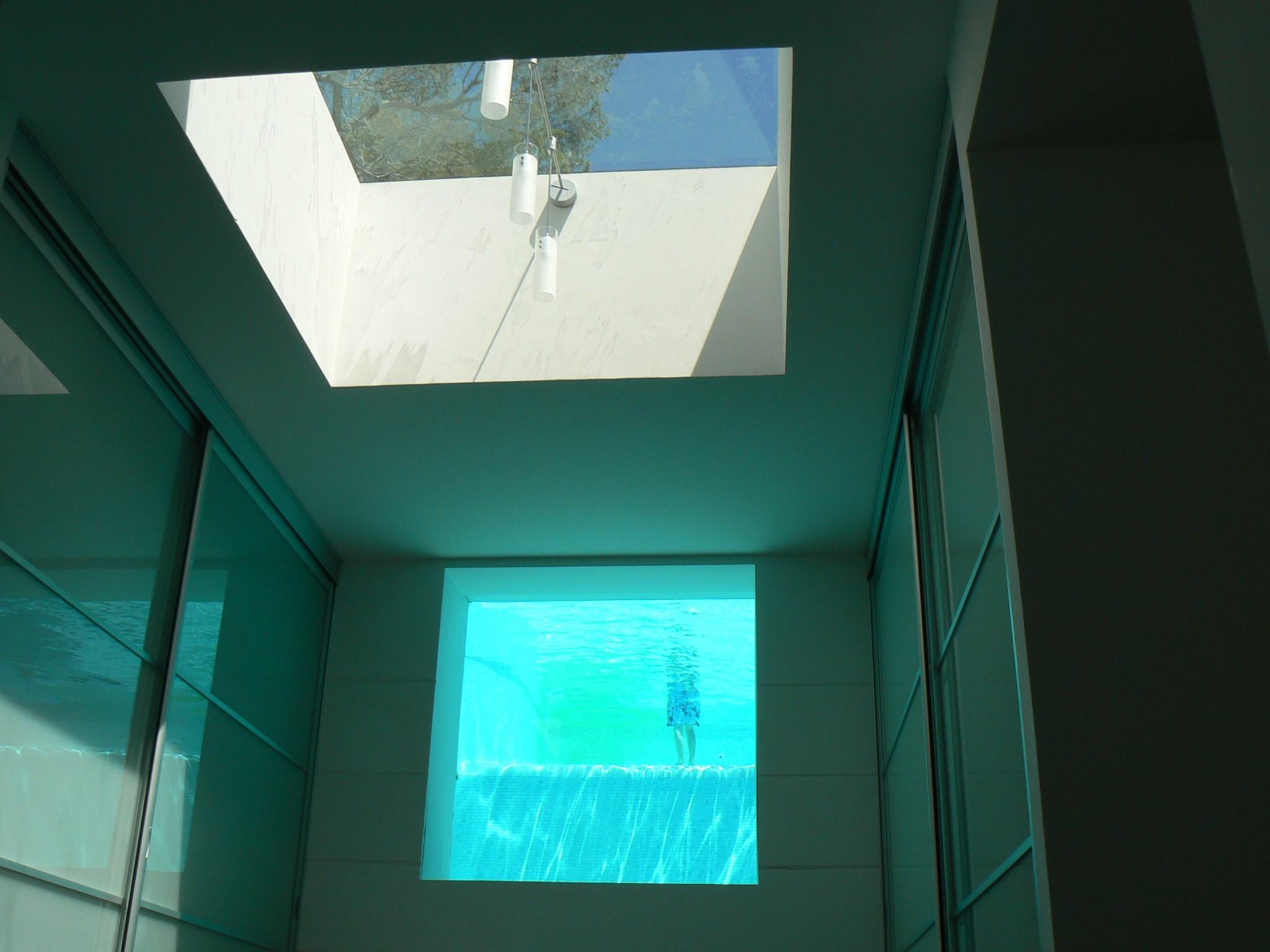 hublot-de-piscine