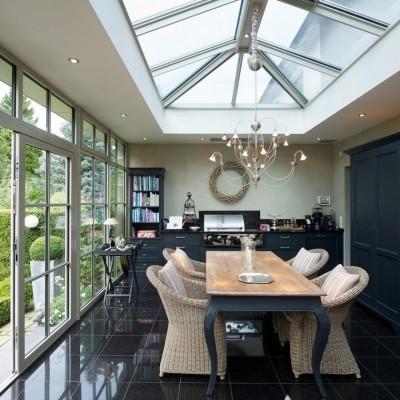 Vérandas avec fenêtres de toit